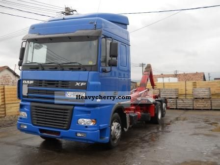2003 DAF  XF 95.430 Truck over 7.5t Roll-off tipper photo