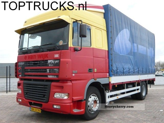 2003 DAF  XF 95.380 60 CM WITH BOARDS Truck over 7.5t Stake body and tarpaulin photo