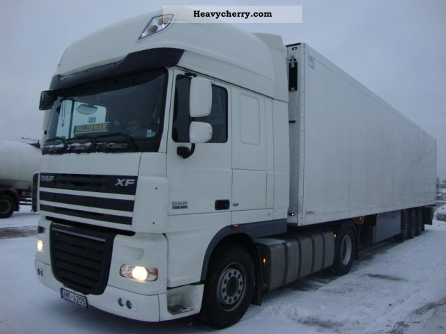 2010 DAF  105 Semi-trailer truck Standard tractor/trailer unit photo