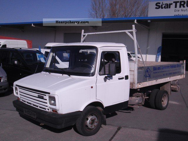 1993 DAF  AE04E 3-way tipper NL 3.5 to 1550 kg Van or truck up to 7.5t Tipper photo