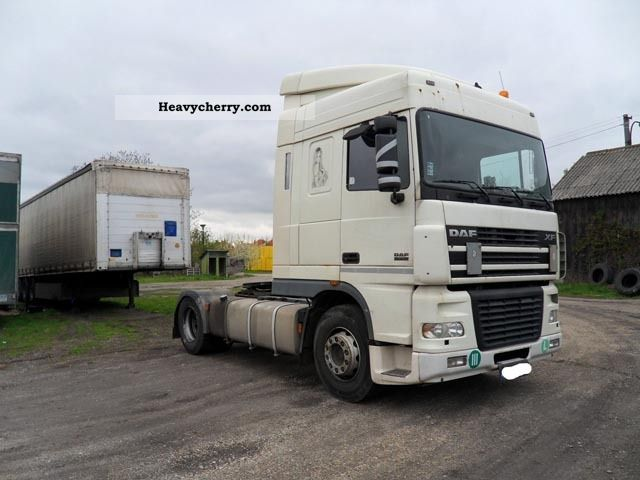 Tractor Trailer Units : Daf xf standard tractor trailer unit photo and