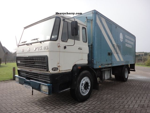 1983 DAF  1600 sheets / sheet Truck over 7.5t Box photo