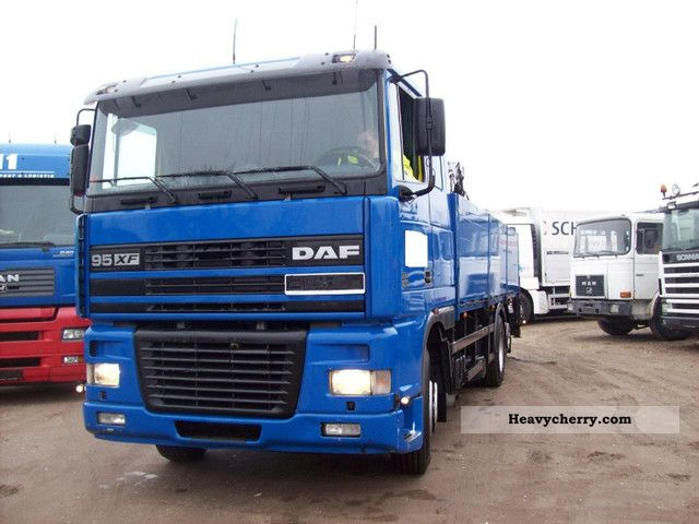 2000 DAF  XF 95 380 circuit building body + crane Truck over 7.5t Stake body photo