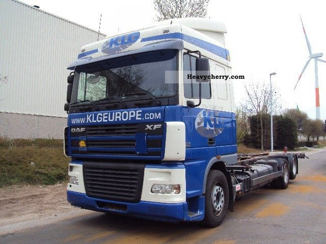 2003 DAF  XF95-430 6X2 RETARDER Truck over 7.5t Swap chassis photo