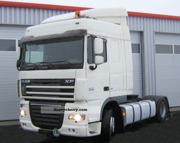 2006 DAF  105.460/Schaltgetr./Analogtacho Semi-trailer truck Standard tractor/trailer unit photo
