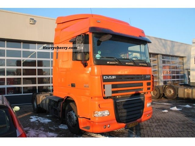 2008 DAF  105 XF 410 SC Semi-trailer truck Standard tractor/trailer unit photo