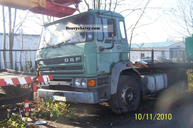 1987 DAF  2500 spare part donor Semi-trailer truck Standard tractor/trailer unit photo