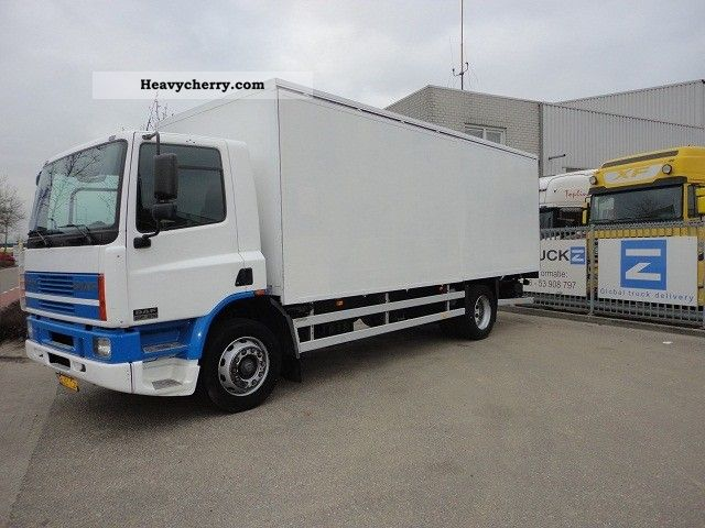 2001 DAF  FA65-210CF Daycab CLOSED WITH BOX AND LIFT (EURO Truck over 7.5t Box photo