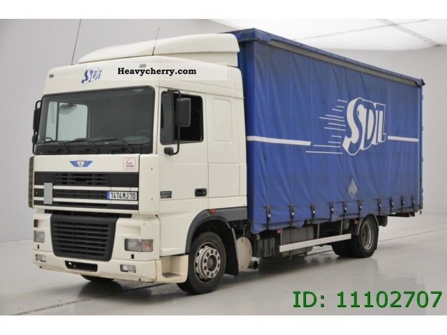 2001 DAF  XF 95 430 Spacecab retarder Truck over 7.5t Stake body photo