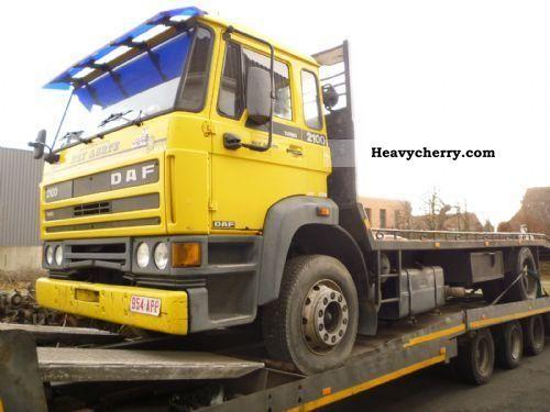 1995 DAF  2300 Semi-trailer truck Standard tractor/trailer unit photo