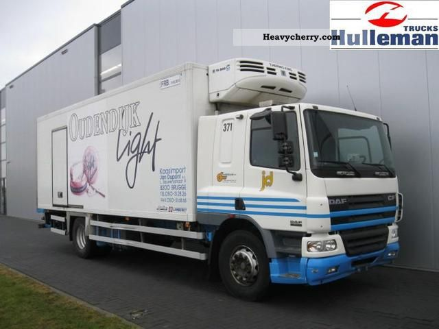 2004 DAF  CF75.250 SLEEPINGCAB 4X2 EURO 3 Truck over 7.5t Box photo