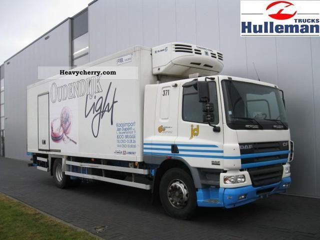 2004 DAF  CF75.250 SLEEPINGCAB 4X2 EURO 3 Truck over 7.5t Refrigerator body photo
