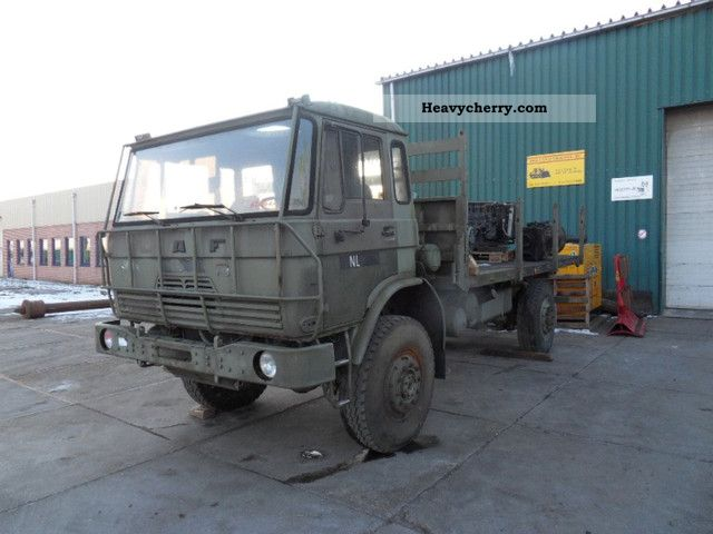 1987 DAF  4440 Truck over 7.5t Stake body photo