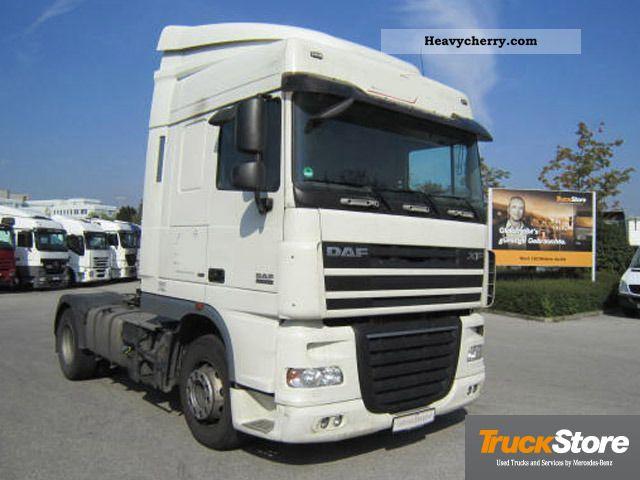 2008 DAF  105 410 Climate Semi-trailer truck Standard tractor/trailer unit photo