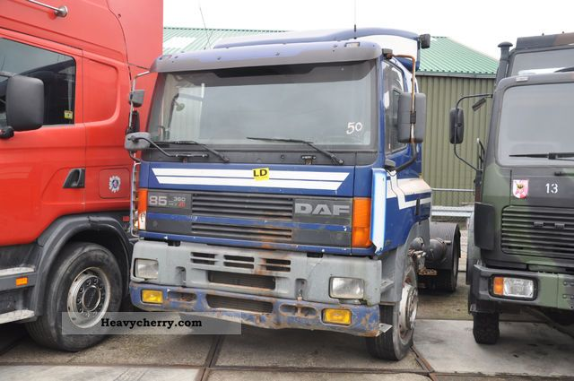 1998 DAF  85 Semi-trailer truck Standard tractor/trailer unit photo