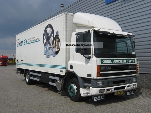 1998 DAF  FA 65CF.210 Gesloten Bak Truck over 7.5t Box photo