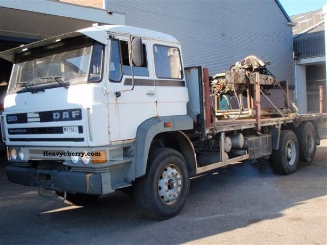 1987 DAF  2500 T.I. Truck over 7.5t Stake body photo