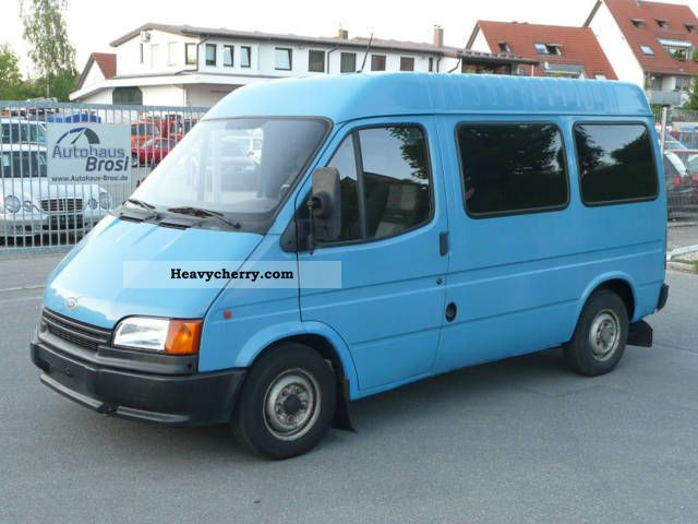 Ford Transit 2 5d Disabled Wheelchair Lift 1993 Estate Minibus