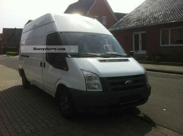 2007 Ford  Transit Van or truck up to 7.5t Box-type delivery van - high and long photo