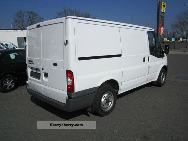 ford transit diesel emissions sticker green 2009 box type delivery van photo and specs. Black Bedroom Furniture Sets. Home Design Ideas