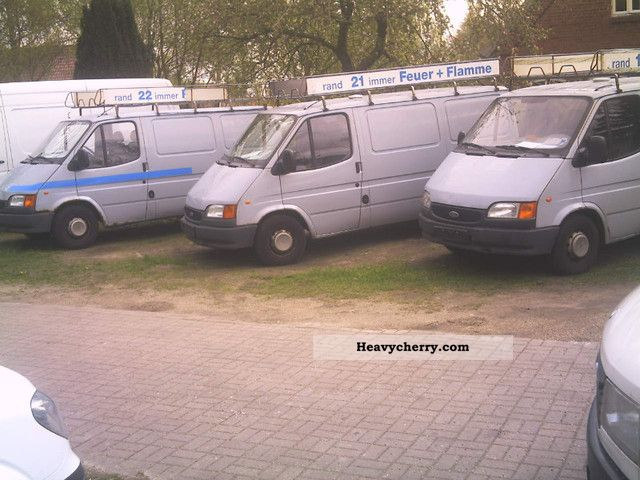 1999 Ford  Transit Van or truck up to 7.5t Box-type delivery van photo