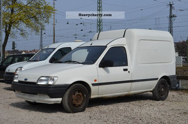 ford courier 1 8 diesel 1995 box type delivery van photo and specs. Black Bedroom Furniture Sets. Home Design Ideas
