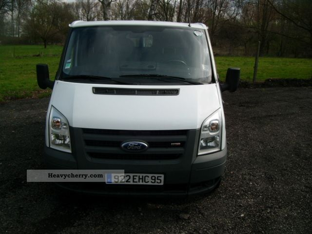 ford transit 2 2 tdci 85t280 2006 box type delivery van photo and specs. Black Bedroom Furniture Sets. Home Design Ideas