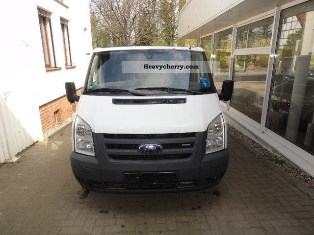 2006 Ford  Transit Van or truck up to 7.5t Box-type delivery van photo