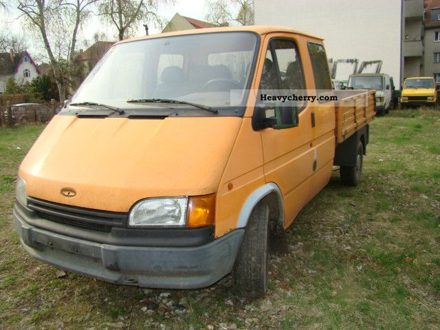 1992 Ford  Transit Van or truck up to 7.5t Stake body photo
