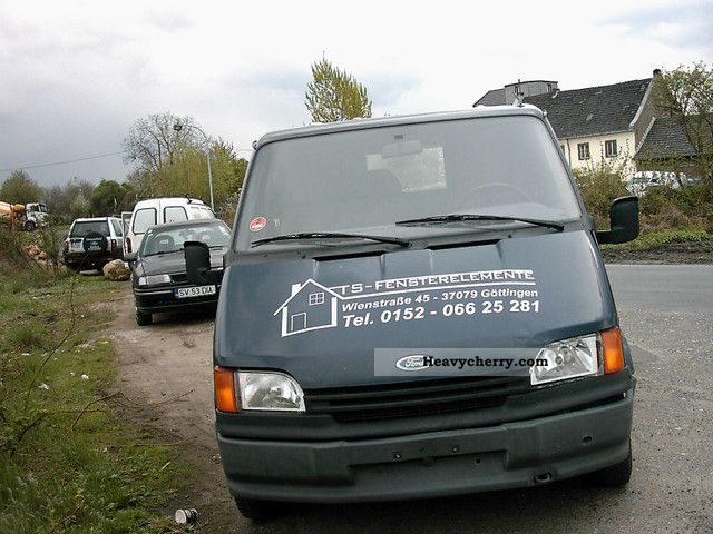 1994 Ford  Transit Van or truck up to 7.5t Box-type delivery van photo