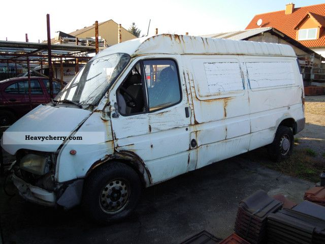 1998 Ford  Transit Van or truck up to 7.5t Box-type delivery van - high and long photo