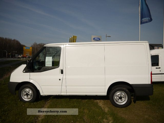 2011 Ford  FT 260 K TDCi \ Van or truck up to 7.5t Box-type delivery van photo