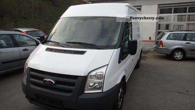 2011 Ford  Transit Van or truck up to 7.5t Box-type delivery van - high and long photo