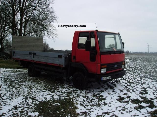 Ford Cargo 0813 1991 Stake Body Truck Photo And Specs