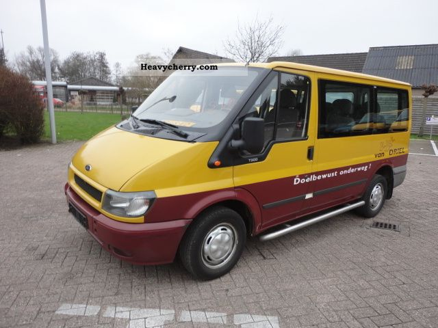 ford transit 2 0d 9 seats 6 pieces in stock 2003 clubbus. Black Bedroom Furniture Sets. Home Design Ideas