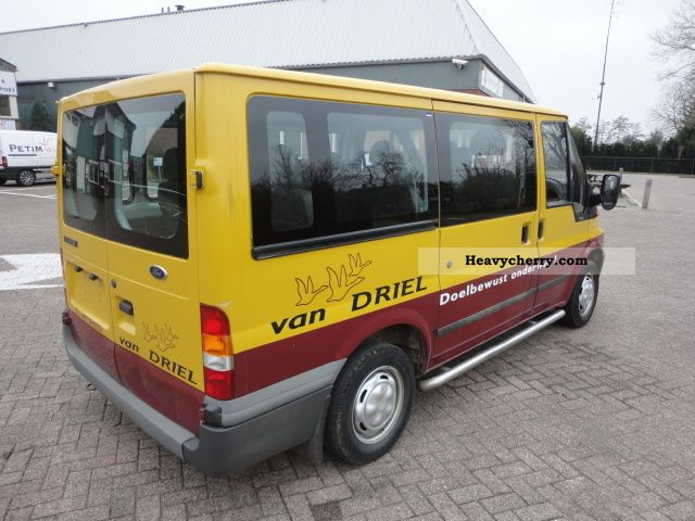 ford transit 2 0d 9 seats 7 pieces in stock 2003 estate. Black Bedroom Furniture Sets. Home Design Ideas