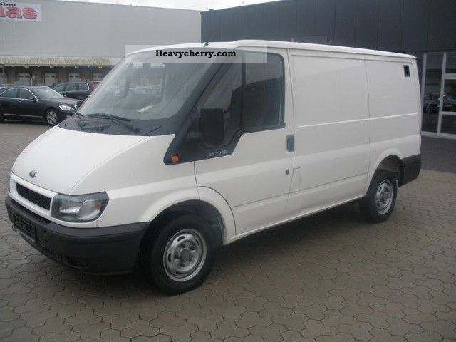 2003 Ford  FT 300 K TDE truck Van or truck up to 7.5t Box-type delivery van photo