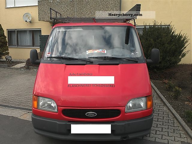 1998 Ford  Transit FT 100L Van or truck up to 7.5t Box-type delivery van photo