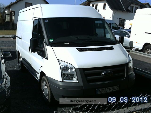 2009 Ford  transit Van or truck up to 7.5t Box-type delivery van photo