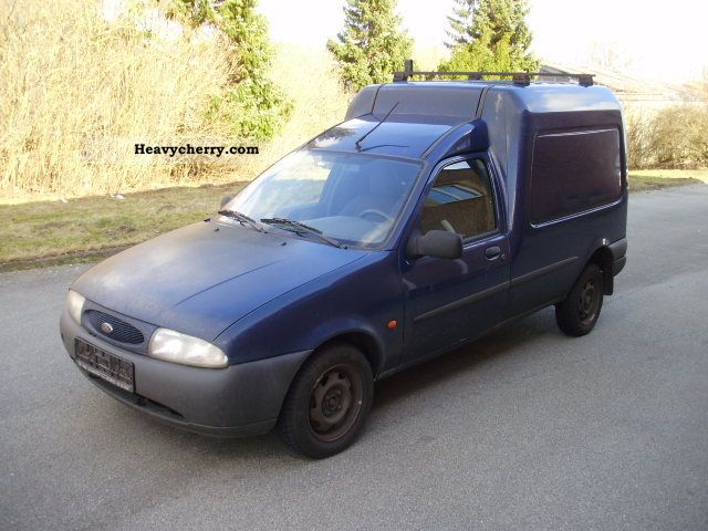 ford fiesta courier 1 8 td 2002 box type delivery van photo and specs. Black Bedroom Furniture Sets. Home Design Ideas