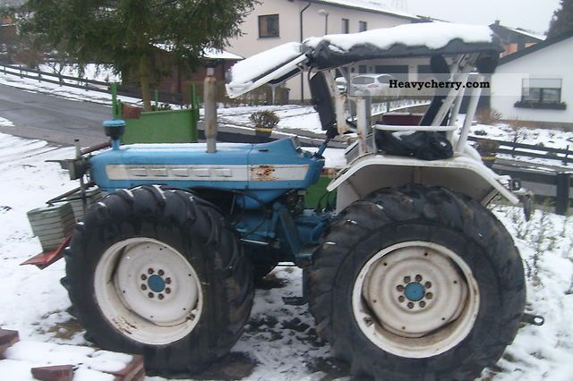 Ford 5000 Tractor Specs : Ford  agricultural tractor photo and specs