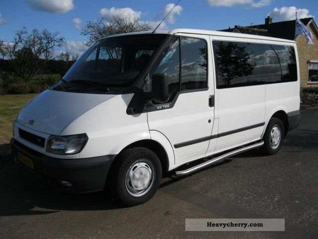 2003 Ford  Tourneo 2.0D 125 PK 8 Persoons BJ 2003 Van or truck up to 7.5t Estate - minibus up to 9 seats photo