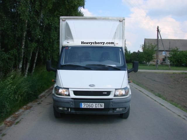 ford transit 2005 box truck photo and specs. Black Bedroom Furniture Sets. Home Design Ideas