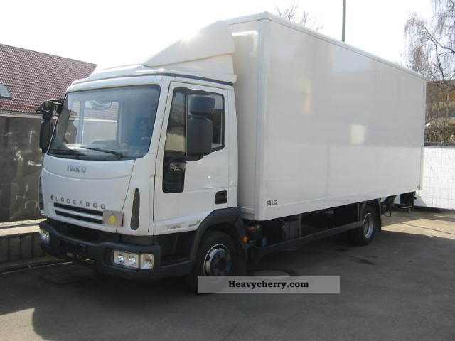 Iveco * 75E16 * trunk liftgate * air * 2010 Box Truck Photo