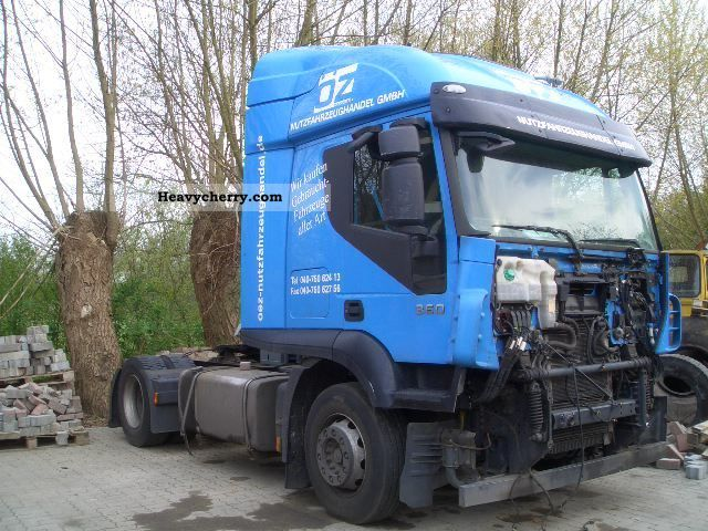 2008 Iveco  AT44OS36T Semi-trailer truck Standard tractor/trailer unit photo