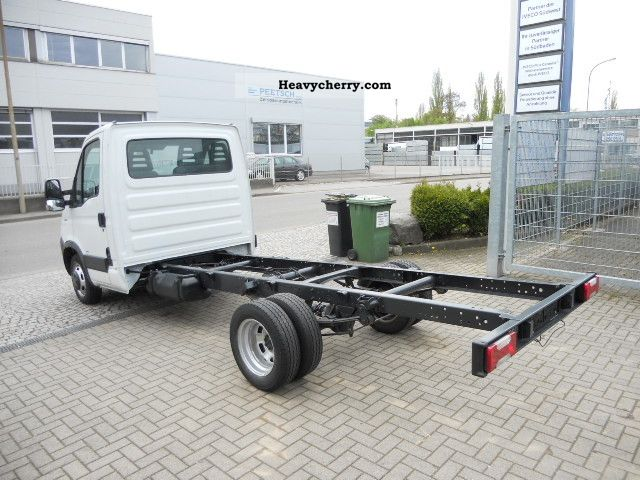 iveco daily 35c15 top state 2008 chassis truck photo and specs. Black Bedroom Furniture Sets. Home Design Ideas