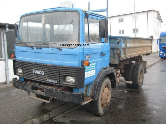 1984 Iveco  13 013 Truck over 7.5t Three-sided Tipper photo