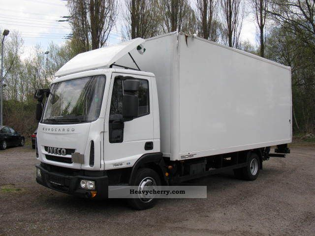 2010 Iveco  Euro Cargo 75 E 18 E 5 case Van or truck up to 7.5t Box photo