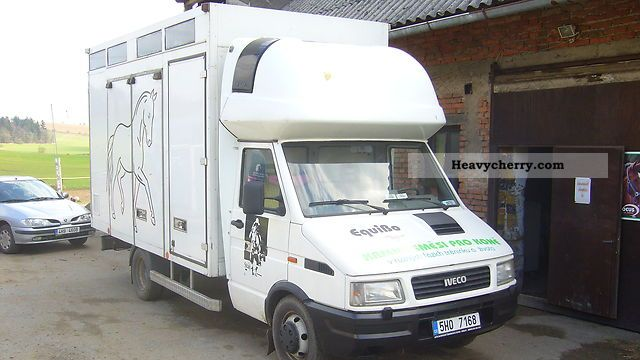 1994 Iveco  TurboDaily Van or truck up to 7.5t Cattle truck photo