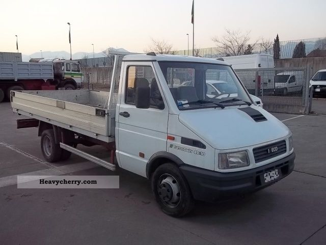 iveco 35 10 daily 1993 stake body truck photo and specs. Black Bedroom Furniture Sets. Home Design Ideas
